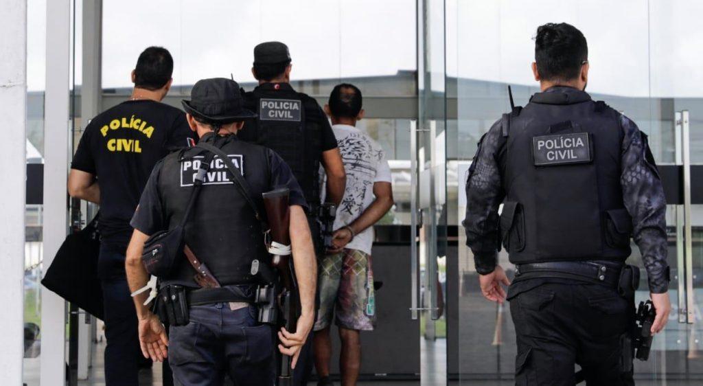 Polícia Civil prende quatro suspeitos de assaltos em bairros de João Pessoa