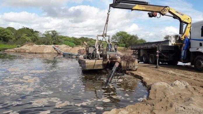 Operação da Sudema e Cagepa flagra extração irregular de areia em Itabaiana