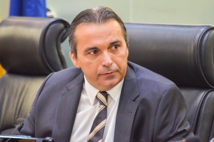 TV Assembleia transmite missa de 7º dia da morte do deputado Genival Matias