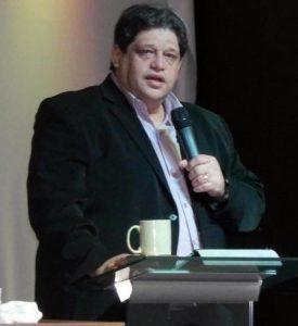Eleições em JP: Raoni anuncia pastor Kerly na sua equipe de pré-campanha
