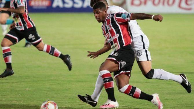 Treze sofre gol nos acréscimos e perde de virada na estreia da Série C