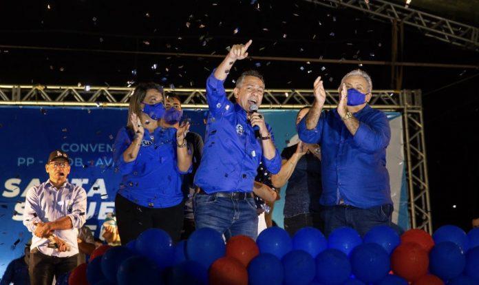 Prefeito Emerson Panta oficializa candidatura à reeleição em Santa Rita