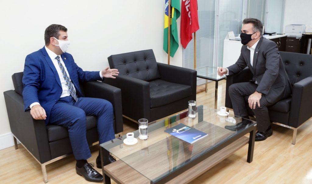 Senador Diego Tavares tenta viabilizar Hospital do Sertão, em Cajazeiras
