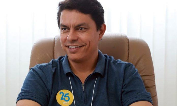 Raoni quer'congelar' tarifa de ônibus por quatro anos, em João Pessoa