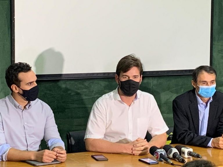 Bruno e Romero anunciam comissão de transição em CG; confira os nomes