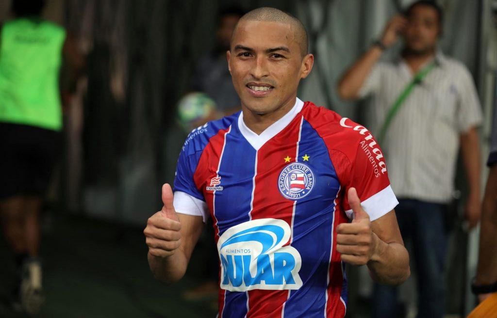 "Jogador do Bahia é desvalorizado por ter apelido ""Paraíba"", apontam comentaristas"
